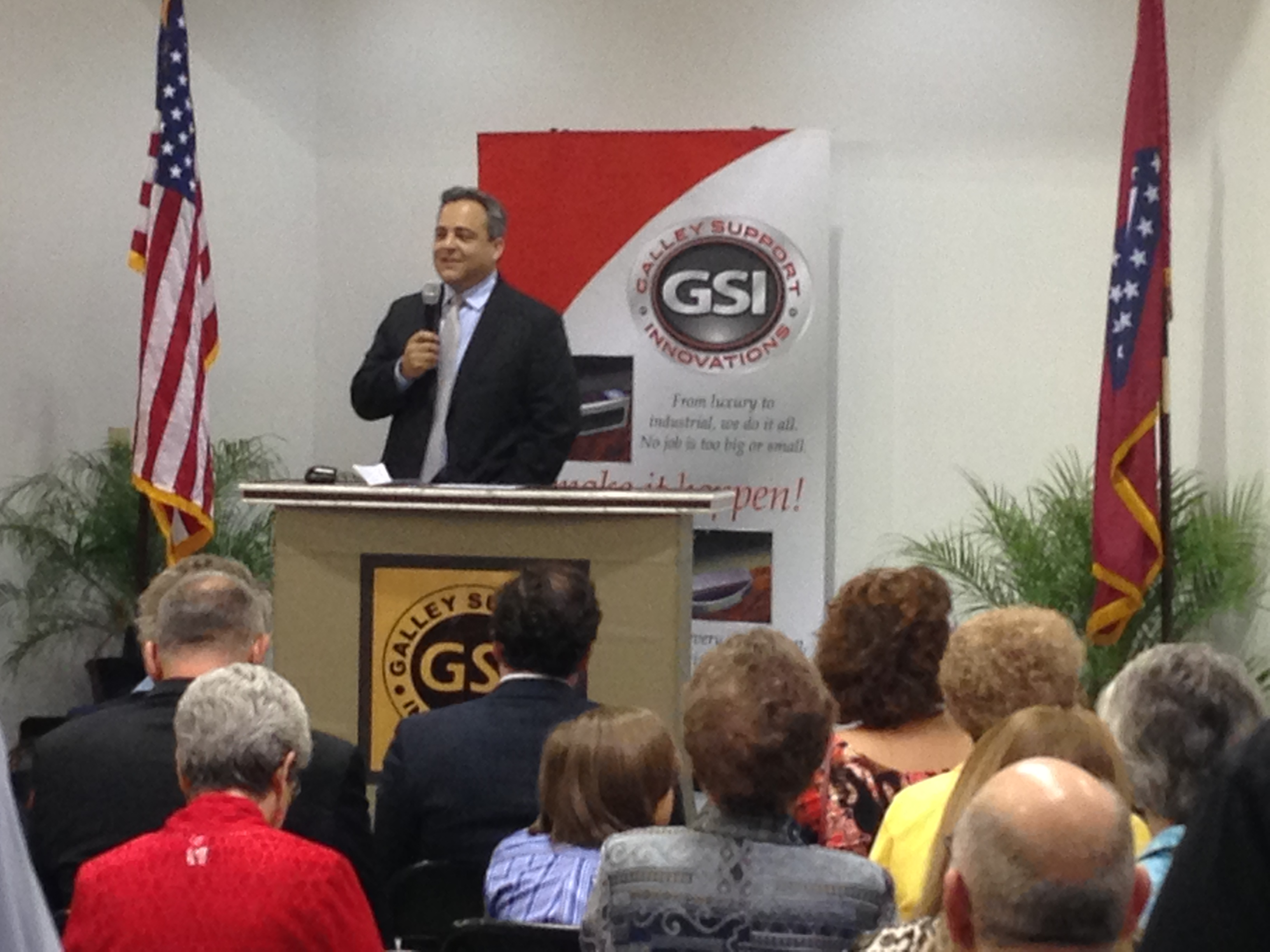 GSI co-owner Wade Radke speaks to the crowd.